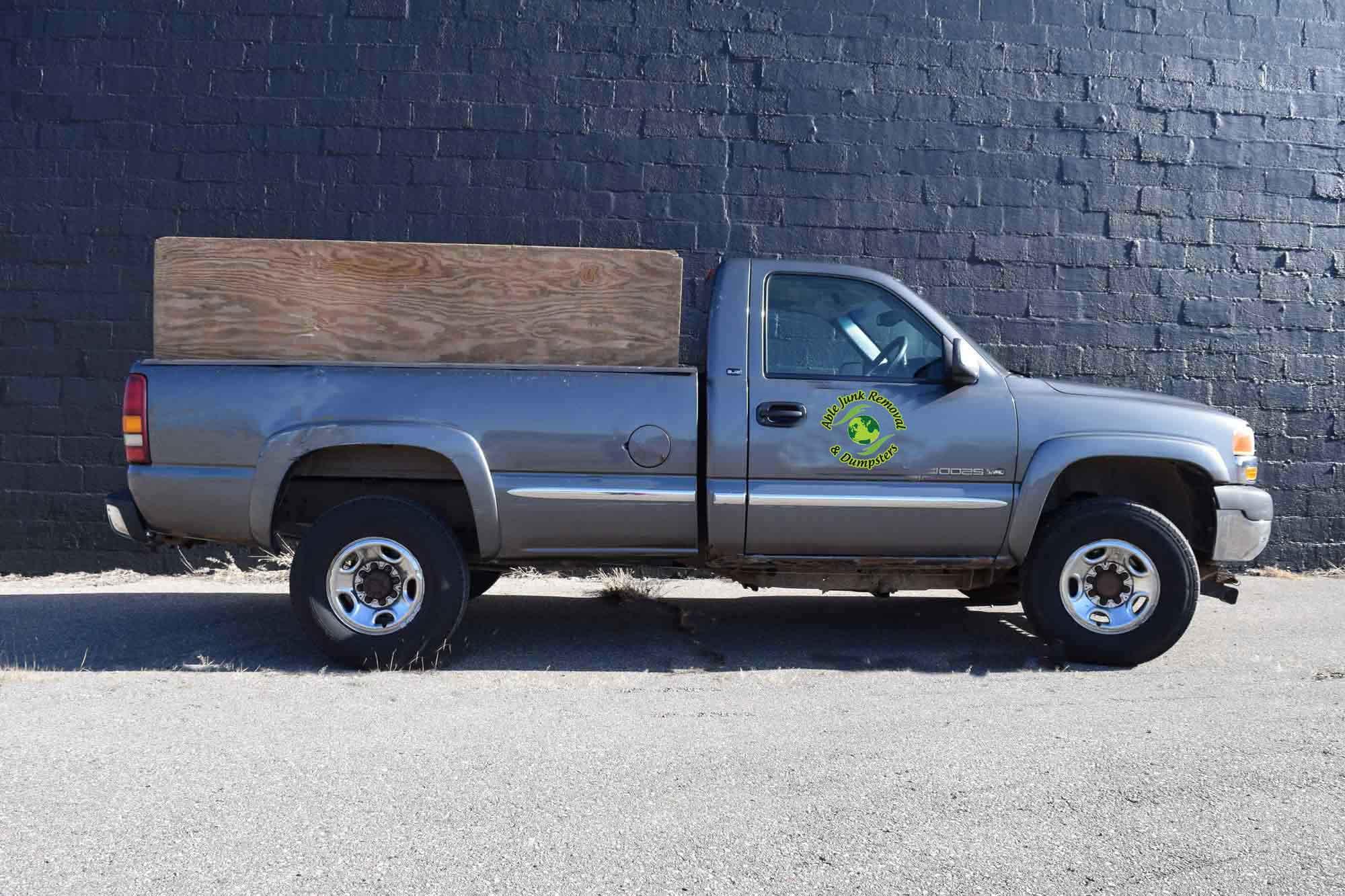 Trash-stake-truck-Troy,-Mi